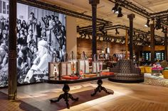 Gucci New York City SoHo Wooster Street High Fashion Dapper Dan Exclusive Opening Stores Interior Design Gucci New York, New York Soho, Italian Luxury Brands, Gucci Store, Room Screen, Retail Design, Store Design, Yorkie, Interior Decorating