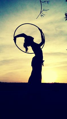 Hoop silhouettes are the coolest!