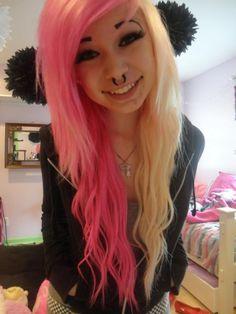 MeezMaker Half Blonde Half Pink Long Wavy Hair With Bangs Meez ...