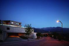 Mirador de los Dominicos House / Carreño Sartori Arquitectos/  Las Condes, Chile