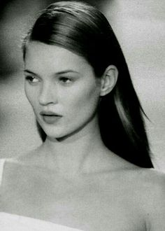 "katesmoss: "" Kate Moss in ""Runways of the "" Kate Moss Style, Heroin Chic, Queen Kate, Miss Moss, 90s Models, Vintage Fashion Photography, Portraits, Helmut Lang, Style Icons"