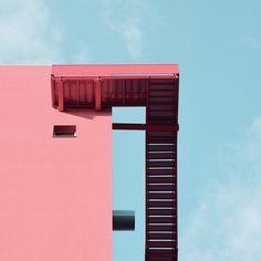 Découvrez le travail de Giorgio Stefanoni - photographe italien originaire de milan - à travers une série de clichés fraiche et colorée. Des formes simples