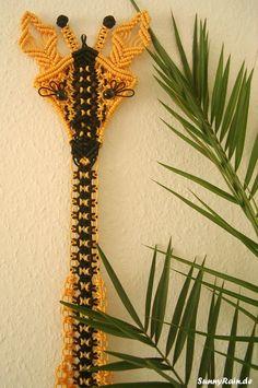 Macramé: Jerome the Giraffe