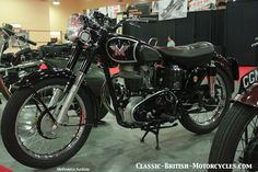 Matchless G3, G3/L, G3WO wartime & postwar motorcycles w/eye-popping photos, specs, history & more. Part of an online index of Classic British Motorcycles.