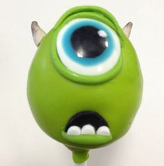 These Marvelous Monsters, Inc. Cake Pops feature Sulley and Mike. Monsters Inc Cake Pops, Monster Inc Cakes, Monsters Ink, Monster Inc Party, Disney Monsters, Disney Cake Pops, Disney Cakes, Mini Cakes, Cupcake Cakes