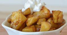 Vláčné jablečné kousky se skořicí Sweet Breakfast, Dessert Recipes, Desserts, Pretzel Bites, Potatoes, Bread, Fruit, Vegetables, Cooking