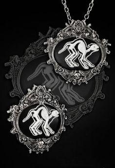 Restyle-Halskette-Brosche-SET-Gothic-Lolita-Katze-Kitty-Cat-Necklace-Pin-HR17