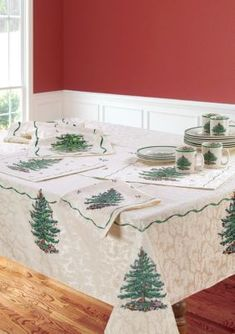 Spode  XMAS TREE RUNNER