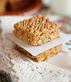 Chewy Butterscotch-Oatmeal Bars {by mississippi kitchen}
