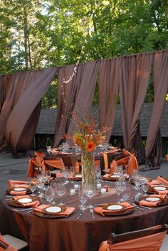 I love this for my dream fall wedding :)