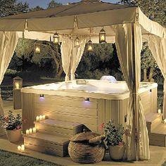 Gotta have a nice hot tub for Robin!