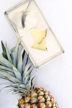 Favorite Sweet Treat {this homemade piña colada banana frozen yogurt\ Slow Cooker Desserts, Frozen Desserts, Frozen Treats, Banana Frozen Yogurt, Frozen Fruit, Frozen Frozen, Mantecaditos, Banana Ice Cream, Gastronomia
