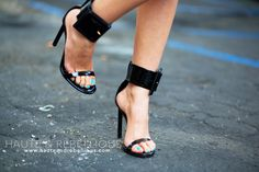 From blog.hauteandrebellious.com Love heels with cuffs so sexy!
