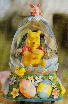 Disney Snowglobes Collectors Guide: Winnie the Pooh Easter Snowglobe