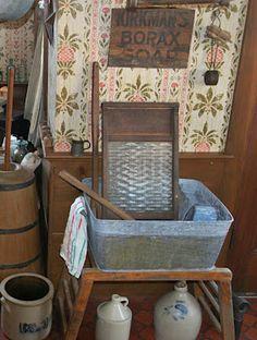 My Primitive Heart-Decorating Ideas & more: Kitchen Laundry Vignette Primitive Laundry Rooms, Primitive Bathrooms, Primitive Homes, Primitive Kitchen, Primitive Crafts, Primitive Bedding, Prim Decor, Country Decor, Rustic Decor