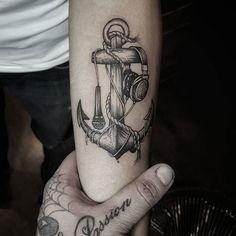 #tattoo #tatuagem Sea Tattoo, Tattoo Art, Anchor Art, Anker Tattoo, Anchor Tattoos, Hand Tattoos, Tatting, Body Art, Tattoo Designs