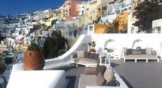 HOTEL|ギリシャ・サントリーニ島フィラのホテル>フィラタウンの岩盤上にあるホテル>アスィナ ラグジュアリー スイーツ(Athina Luxury Suites)