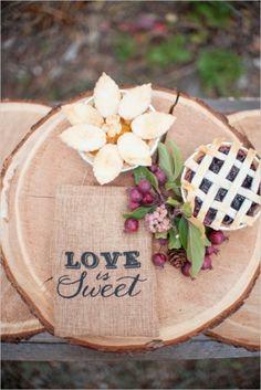 Fall Vineyard Wedding Details (Photo by Kayleen Huffman via Wedding Chicks)
