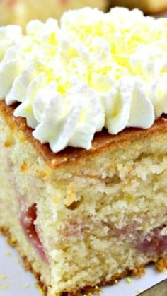 Lemon Drizzle Raspberry Ripple Cake ~ An easy, soft and great tasting cake
