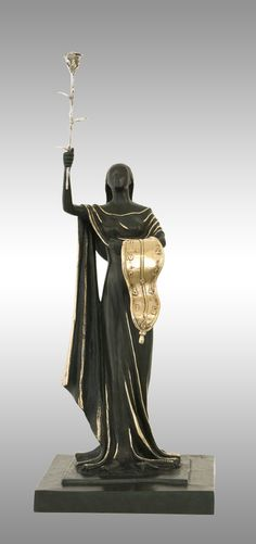 Salvador Dalí - Woman of Time / Post-impressionism - France / Bronze/ Edition size 310 of 350 + 35 AP by nelda Abstract Sculpture, Sculpture Art, Modern Sculpture, Salvador Dali Artwork, Spanish Artists, Post Impressionism, Art Deco Period, Art Moderne, Gustav Klimt