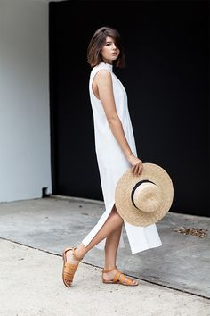 5 Stylish Reasons To Wear White Dresses — Bloglovin'— minimal chic || @sommerswim