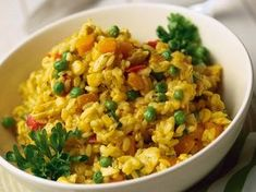 Maukas kanarisotto - Reseptit Easy Delicious Recipes, Real Food Recipes, Chicken Recipes, Yummy Food, Healthy Recipes, Healthy Food, A Food, Food And Drink, Around The World Food