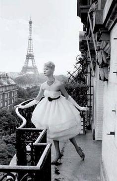 fashion photography #black & white #paris - Mannequin a la Tour Eiffel, 1958, by Christian Lemaire
