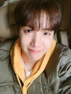 Thank you💜always💜I love you - - - - - - - BTS btsedit korea btsimagine btsvideo jungkook taehyung v jimin suga yoongi jhope hoseok namjoon jin wings loveyourself tear btsmeme meme btspiano kpop yoonmin vkook vmin btsship mutuals Bts Taehyung, Jungkook Jimin, Bts Selca, Yoongi, Bts Bangtan Boy, Gwangju, Jung Hoseok, J Hope Selca, Bts J Hope