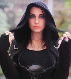 Pagan Fashion, Mori Fashion, Triple Goddess, Moon Goddess, Wiccan Clothing, Autumn Witch, Woodland Elf, Witchy Outfit, Dark Queen