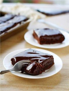 do-not-touch-my-food: Fudgy Chocolate Cake Bars Dessert Bars, Cake Bars, Food Cakes, Cupcake Cakes, Just Desserts, Delicious Desserts, Yummy Food, Healthy Food, Sweet Recipes