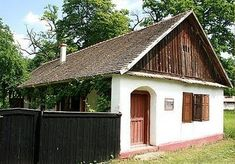 Traditional House, Cabana, Hungary, Feng Shui, Shed, Floor Plans, Home And Garden, Farmhouse, Cottage