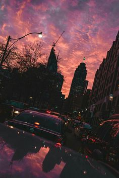 55 ideas urban landscape photography city life sky for 2019 Tumblr Wallpaper, Wallpaper Backgrounds, Cloud Wallpaper, Iphone Wallpaper, Sunset Wallpaper, Wallpaper Size, Wallpaper Art, Purple Wallpaper, Nature Wallpaper