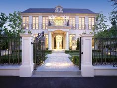 PORCHLIGHT INTERIORS: Beautiful homes for sale in Melbourne, Victoria