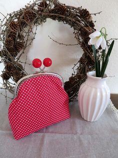 Handmade clip frame pouch