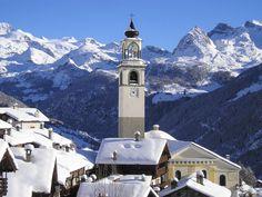 Snow in vallèe  @ Antagnod - Valle d'Aosta - Italy