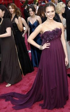 Jessica Alba, Marchesa Oscars dress
