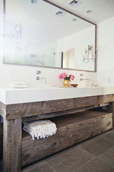 Badkamermeubel van balken