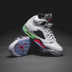 "Nike Air Jordan V Retro ""Posion Green."""