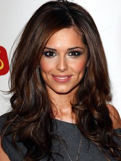 Cheryl Cole - love her hair color Corte Y Color, Long Brown Hair, Dark Brown Hair With Low Lights, Rich Brown Hair, Brown Eyes, Brown Hair For Fall, Big Brown, Deep Brown, Reddish Brown