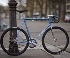 Peugeot #fixie #fixed #fixedgear #singlespeed #urban #street #style #fashion #race #track #city #riding #cycle #cycling #cyclist #bike #bicycle #time #amazing #cool #black