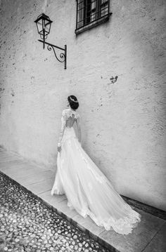 Gorgeousness! Adore the back of this dress! | See More: http://www.thebridaldetective.com