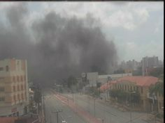 G1 - Incêndio atinge empresa de produtos de material elétrico em Fortaleza - http://anoticiadodia.com/g1-incendio-atinge-empresa-de-produtos-de-material-eletrico-em-fortaleza/