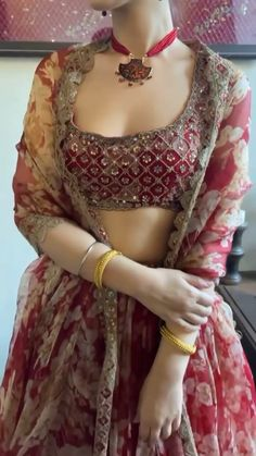 Party Wear Indian Dresses, Designer Party Wear Dresses, Indian Gowns Dresses, Dress Indian Style, Indian Fashion Dresses, Indian Designer Outfits, Indian Outfits, Beautiful Dress Designs, Stylish Dress Designs