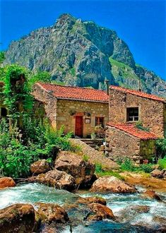 Villas, Abandoned Houses, Cottage Homes, Aesthetic Photo, Wonders Of The World, Beautiful Places, Beautiful Scenery, Photo Art, Nature Photography