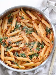 Creamy Tomato And Spinach Pasta - Homemade Pasta Recipes Tags:. Creamy Tomato And Spinach Pasta - Homemade Pasta Recipes Tags: One Pot Recipe Noodles Gluten Free Comfort Foods Plats Healthy, Healthy Pastas, Healthy Pasta Dishes, Sauces For Pasta, Healthy Pizza, Healthy Vegetables, Healthy Lunches, Healthy Food, Vegetarian Recipes