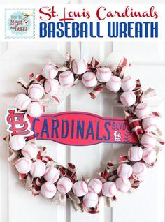 stl-cardinals-baseball-wreath1