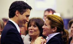 Justin's mother Margaret knows the look of love when she sees it! The Trudeau matriarch gazes sweetly as Justin greets his beloved wife at the Liberal nomination meeting in Montreal in Photo: Shaun Best/Reuters Pm Trudeau, Justin Trudeau, Margaret Trudeau, Justin James, Inspirational Leaders, Looking For Love, Duchess Kate, Prime Minister, Beauty