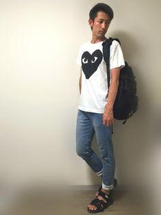 はい!!! 月曜!!憂鬱!!!😭💦✨ 今日はねー シンプル。Tシャツにジーンズ。ジーンズゆーても
