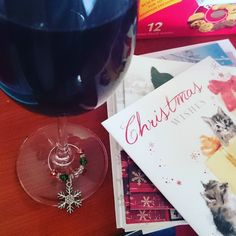 Writing my Christmas cards while sipping mulled wine & watching The Holiday