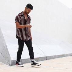 Aprendar a usar camisa listrada masculina. Minimal Fashion, Urban Fashion, Mens Fashion, Fashion Vest, Fashion Moda, Fashion Photo, Men Looks, Mode Outfits, Fashion Outfits
